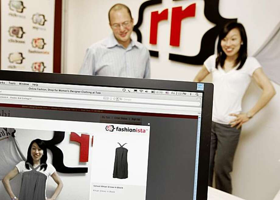 Carol Chow and David Selinger are demonstrating a new online shopping technology that leverages augmented reality and motion capture to allow consumers to virtually try on clothes. Selinger (left) is CEO and founder of the Rich Relevance company. Si Friday, November 13, 2009. San Francisco Calif. Photo: Jana Asenbrennerova, The Chronicle