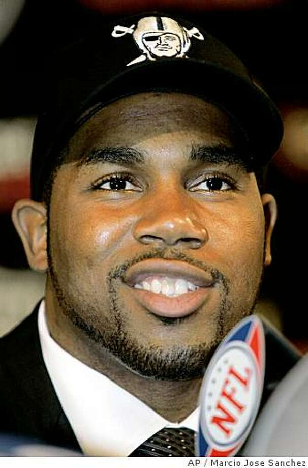 Oakland Raiders' first round draft pick Darren McFadden addresses the media at the team's headquarters in Alameda, Calif., Sunday, April 27, 2008.  (AP Photo/Marcio Jose Sanchez) Photo: Marcio Jose Sanchez, AP