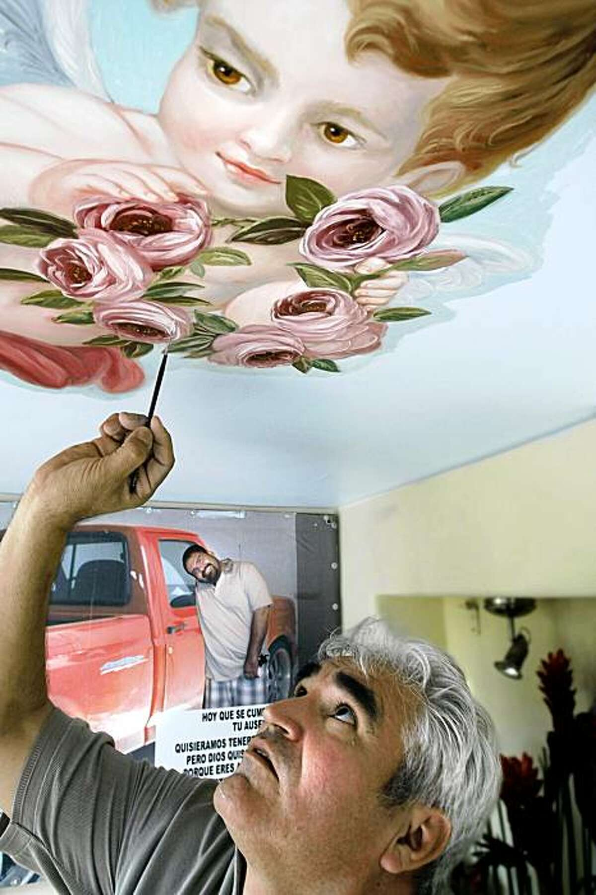 MEXICO PAINTER: Jose Espinoza is known as one of the finest artists in the Sinaloa region of Mexico. Illustrates MEXICO-PAINTER (category i) by Tracy Wilkinson (c) 2009, Los Angeles Times. Moved Saturday, Oct. 24, 2009. (MUST CREDIT: Los Angeles Times photo by Don Bartletti.) Jose Espinoza is known as one of the finest artists in the Sinaloa region of Mexico. Illustrates MEXICO-PAINTER (category i) by Tracy Wilkinson (c) 2009, Los Angeles Times. Moved Saturday, Oct. 24, 2009. (MUST CREDIT: Los Angeles Times photo by Don Bartletti.)