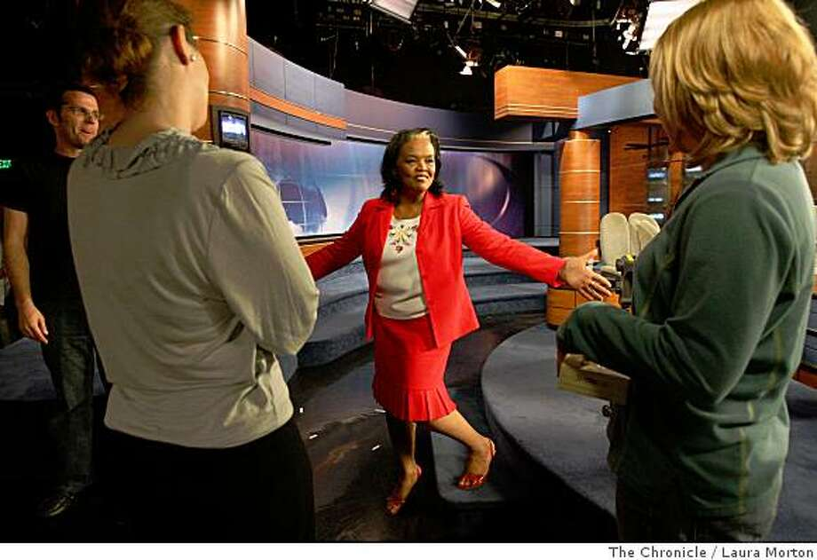 CBS5 anchor Barbara Rodgers steps off the set after the conclusion of her final regular broadcast at the station in San Francisco, Calif., Friday, May 30, 2008.  Rodgers is retiring after a 36-year broadcasting career. Photo: Laura Morton, The Chronicle