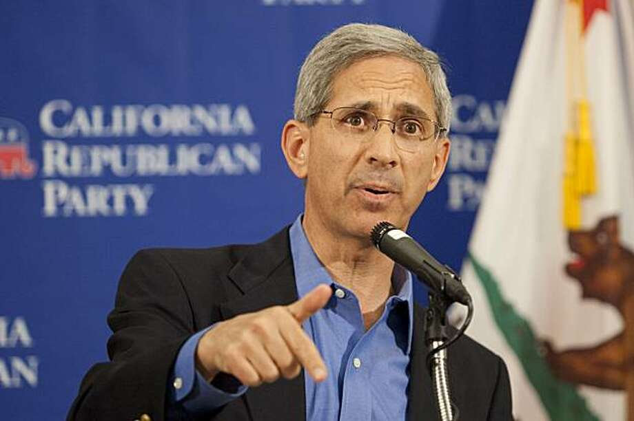 State Insurance Commissioner Steve Poizner speaks during a news conference at the California Republican Convention in Indian Wells, Calif., on Saturday, Sept. 26, 2009.  Poizner is seeking the Republican nomination for Governor of California.(AP Photo/Francis Specker) Photo: Francis Specker, AP