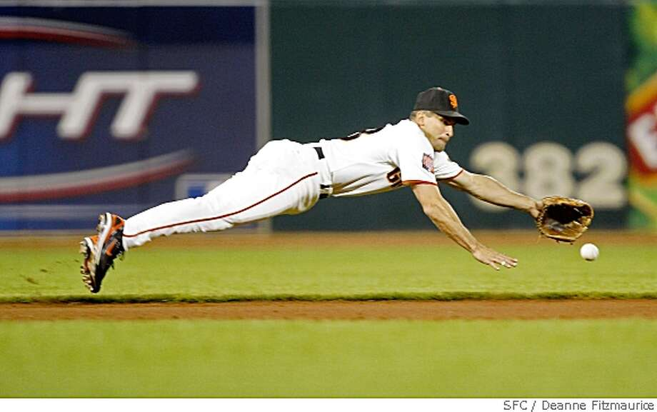 vizquel diving for ball Photo: Deanne Fitzmaurice, SFC
