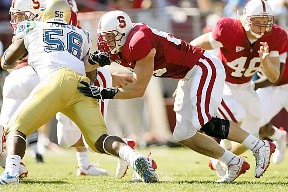 Jim Dray of the Stanford Cardinal during Stanford's 24-16 win over UCLA on October 3, 2009 at Stanford Stadium in Stanford, California. Photo: David Gonzales, Stanford Athletics