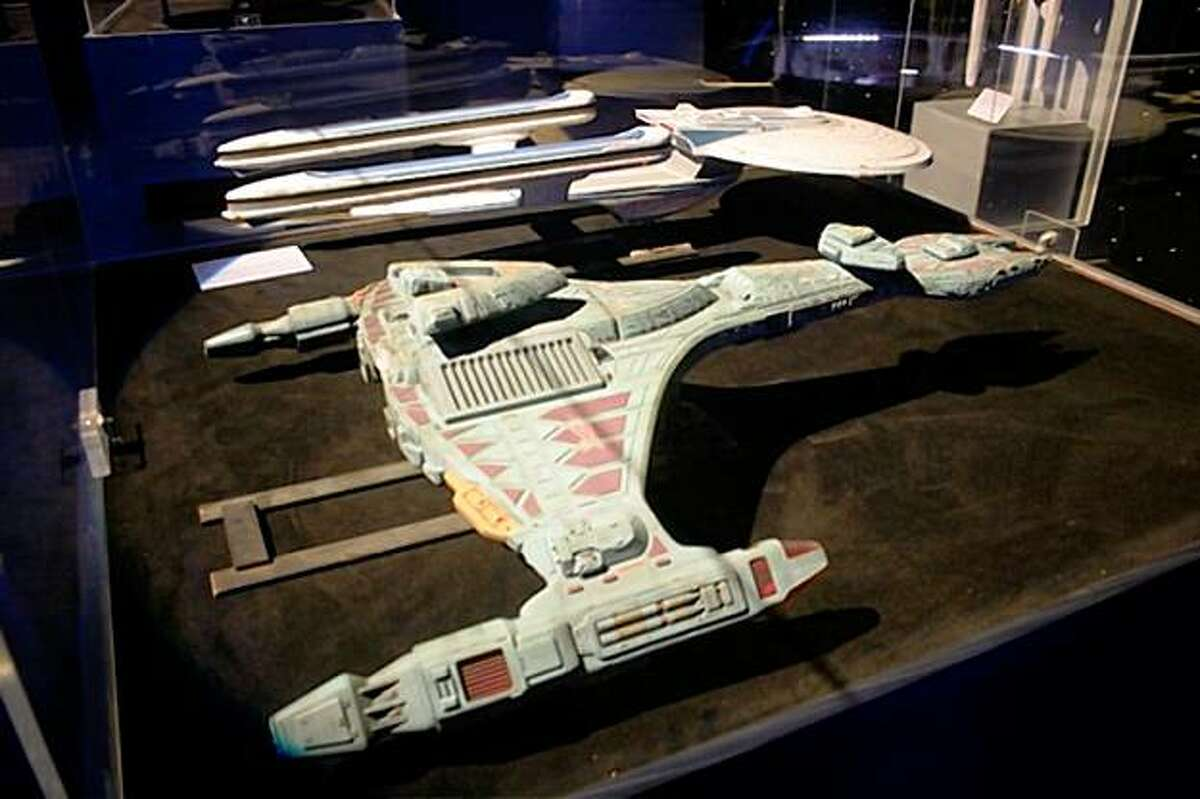Filming models of a Klingon Attack Cruiser and the Starship Excelsior can be seen at