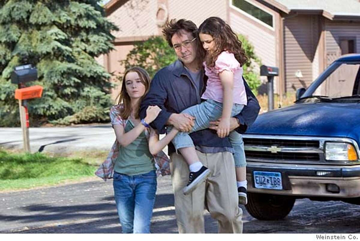 Shelan O'Keefe, John Cusack and Gracie Bednarczyk in