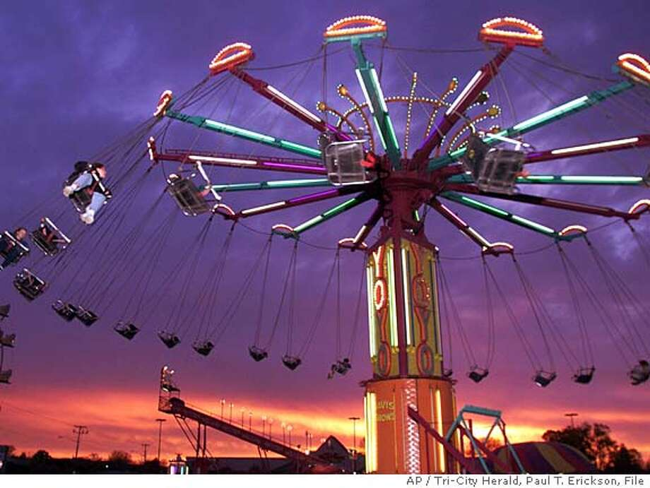 State inspectors probe collapsed carnival ride - SFGate
