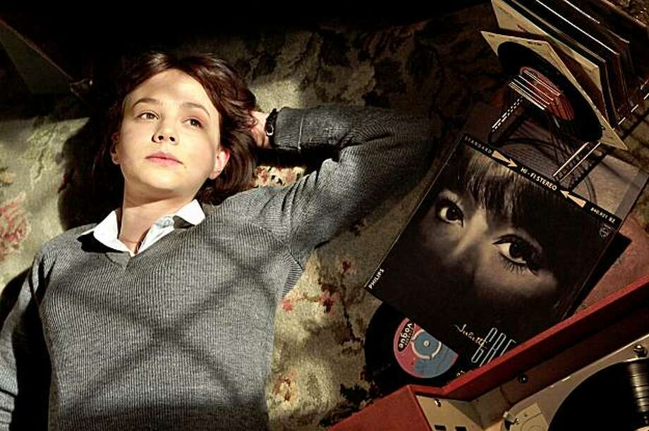 "Left to Right: Carey Mulligan as Jenny in ""An Education"" Photo: Kerry Brown, Sony Pictures Classics"