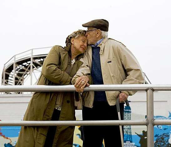 Cloris Leachman and Eli Wallach star in NEW YORK, I LOVE YOU, a collaboration of storytelling from some of todayÕs most imaginative filmmakers and featuring an all-star cast. Photo: Courtesy Of Vivendi Entertainment