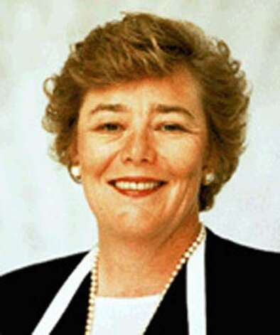 LOFGREN-C-28JAN03-MT-HO Zoe Lofgren-D Calif. photo.  ALSO RAN 5/30/03, 6/21/03, 10/01/03, 01/22/2005 CAT Rep. Zoe Lofgren Rep. Zoe Lofgren chairs the state's 33-member Democratic House delegation. Photo caption moves07_20031043625600 LOFGREN-C-28JAN03-MT-HO Zoe Lofgren-D Calif. photo._ALSO RAN 5-30-03, 6-21-03, 10-01-03__CAT__Rep. Zoe Lofgren ___Rep. Zoe Lofgren chairs the state's 33-member Democratic House delegation. ___Nation#MainNews#Chronicle#12-4-2003#ALL#3star##421188864, Also ran 12/04/03 Ran on: 11-26-2004  Rep. Zoe Lofgren, D-San Jose, plans to introduce her amendment in January. Ran on: 11-26-2004  Rep. Zoe Lofgren, D-San Jose, plans to introduce her amendment in January. CAT Nation#MainNews#Chronicle#12/4/2003#ALL#3star##421188864 Ran on: 11-29-2004  Zoe Lofgren Ran on: 01-22-2005  Gov. Arnold Schwarz- enegger Ran on: 01-22-2005  Gov. Arnold Schwarz- enegger Photo: HAND OUT