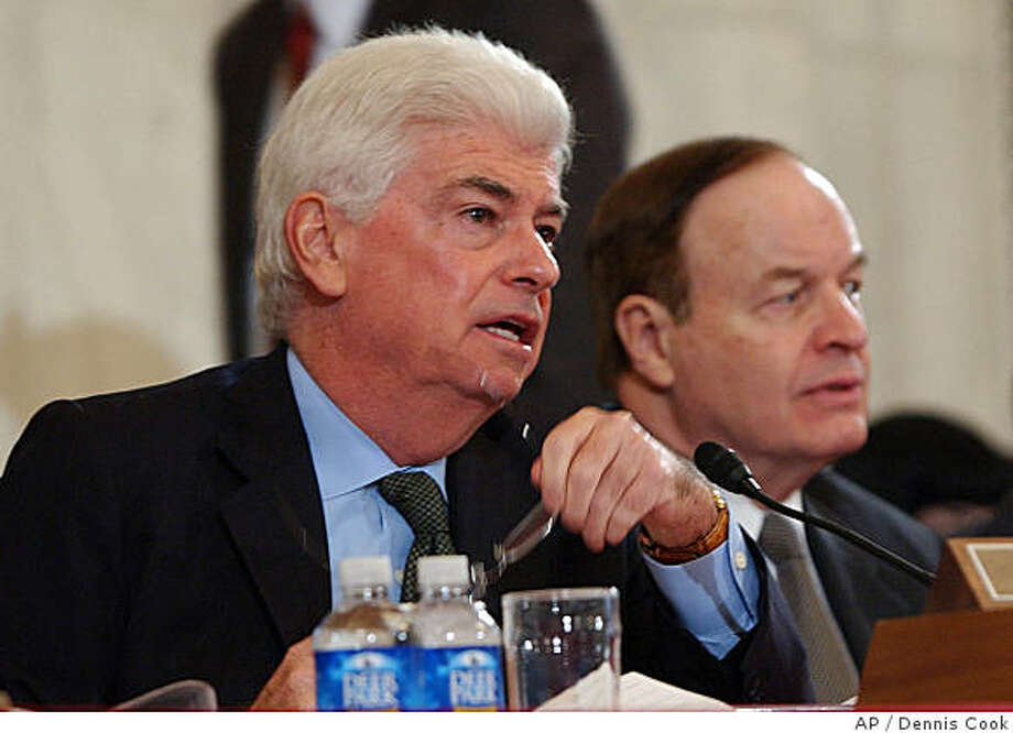 Senate Banking Committee Chairman Sen. Christopher Dodd, D-Conn., left, and the committee's ranking Republican, Sen. Richard Shelby, R-Ala., right, announced Monday they had reached an agreement for a homeowner rescue package that could help a half-million strapped borrowers get government-backed mortgages. Photo: Dennis Cook, AP