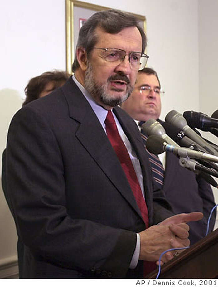 Rep. David Obey, D-Wis., ranking Democrat on the House Appropriations Committee, left, meets reporters on Capitol Hill Wednesday, Nov. 28, 2001 to discuss homeland security. House Republicans blocked an effort by New Yorkers and Democrats to tack billions of dollars in new terrorism recovery and homeland security aid to legislation that President Bush wants . Rep. Jerrold Nadler, D-N.Y. is at right. (AP Photo/Dennis Cook) DIGITAL IMAGE  Ran on: 09-15-2006  Rep. David Dreier  Ran on: 12-08-2006  Rep. David Obey warned that President Bush's budget could be entangled in unfinished business. Photo: DENNIS COOK