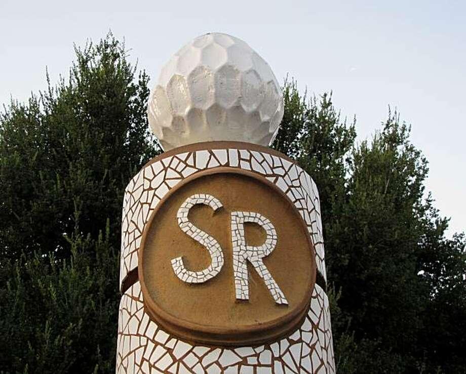 The pillars at Santana Row in San Jose. Photo: Stephanie Wright Hession