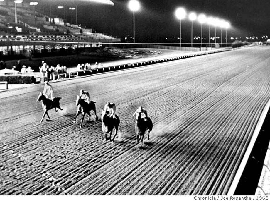 ###Live Caption:The first night race in California occured at Bay Meadows. Wednesday, May 22, 1968. Joe Rosenthal/The Chronicle.###Caption History:The first night race in California occured at Bay Meadows. Wednesday, May 22, 1968. Joe Rosenthal/The Chronicle. Ran on: 03-23-2007  Seabiscuit, above, ran at Bay Meadows and history was made at the track, right, with the first night horse race in California.  Ran on: 03-23-2007  Seabiscuit, above, ran at Bay Meadows, and history was made at the track, right, with the first night horse race in California.###Notes:34p6xfull###Special Instructions:CAT Photo: Joe Rosenthal/Chronicle 1968