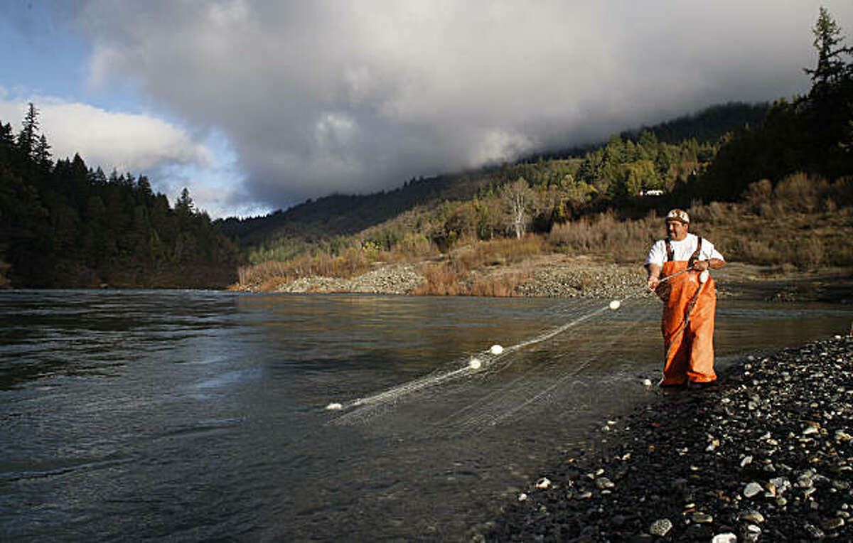 Yurok tribe member, Thomas Willson of Weitchpec, Ca. checks on his drift net that he has strung out across the Klamath River in search for Steelhead fish. He lives on the Eastern most edge of teheYurok tribal lands.Photo By Michael Macor/San Francisco Chronicle Photographed in, Klamath, Ca, on 2/12/08