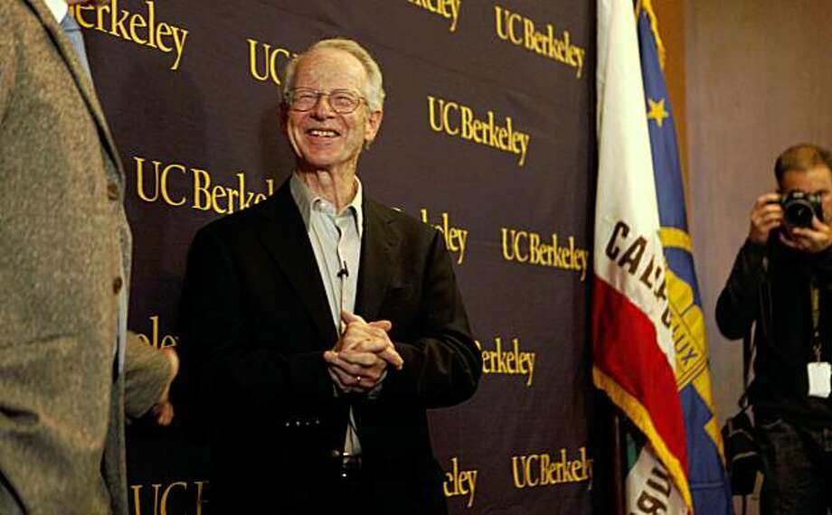 After winning the Nobel Prize for Economics, Oliver Williamson, an economist at the University of California, Berkeley held a press conference in Alumni House on Monday Oct. 12, 2009 in Berkeley, Calif. Photo: Mike Kepka, The Chronicle