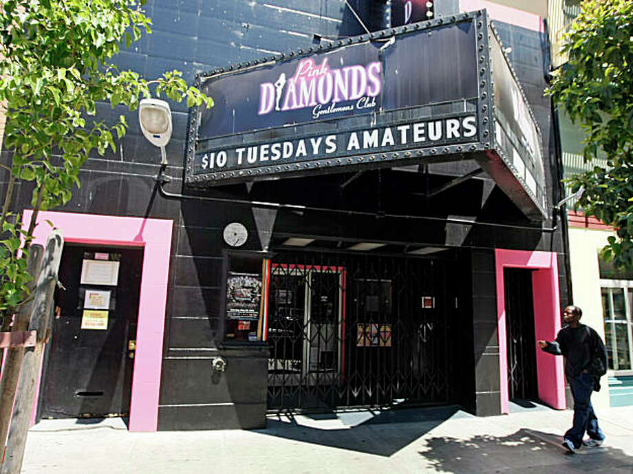 An early morning homicide exposes a troubled nightspot in San Francisco. The Pink Diamonds gentlemenÕs club at 220 Jones Street was the scene of an early morning shooting that sent three men to the hospital with gunshots wounds. Saturday June 27, 2009. Photo: Lance Iversen, The Chronicle / SFC