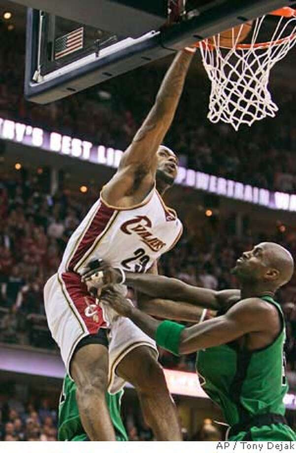 ###Live Caption:Cleveland Cavaliers' LeBron James (23) dunks on Boston Celtics' Kevin Garnett in the final two minutes of Game 4 of the NBA basketball Eastern Conference semifinals Monday, May 12, 2008, in Cleveland. The Cavaliers beat Boston 88-77 to even the series at 2-2. (AP Photo/Tony Dejak)###Caption History:Cleveland Cavaliers' LeBron James (23) dunks on Boston Celtics' Kevin Garnett in the final two minutes of Game 4 of the NBA basketball Eastern Conference semifinals Monday, May 12, 2008, in Cleveland. The Cavaliers beat Boston 88-77 to even the series at 2-2. (AP Photo/Tony Dejak)###Notes:LeBron James, Kevin Garnett###Special Instructions:EFE OUT Photo: Tony Dejak