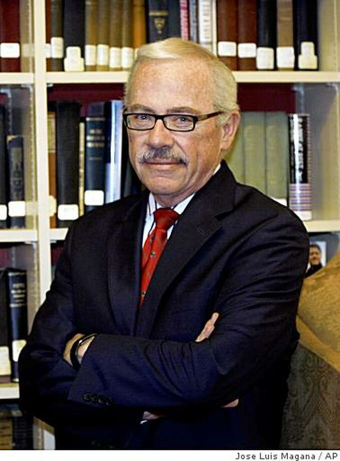 Former Republican congressman Bob Barr poses for a photo before speaking with the media at University Club in Washington Monday, May 12, 2008. Barr launched a Libertarian Party presidential bid, saying voters are hungry for an alternative to the status quo who would dramatically cut the federal government. (AP Photo/Jose Luis Magana) Photo: Jose Luis Magana, AP