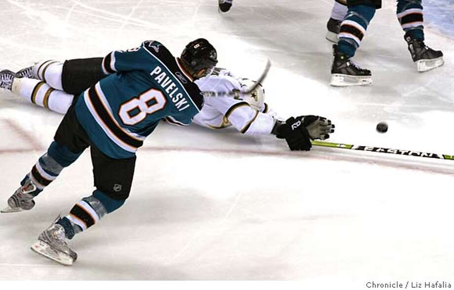 ###Live Caption:Sharks' Joe Pavelski shoots past Stars' Nicklas Grossman and into the net to shoot the winning goal in overtime as San Jose Sharks host Dallas Stars at HP Pavilion in San Jose, Calif., on Friday, May 2, 2008. Photo by Liz Hafalia / San Francisco Chronicle###Caption History:Sharks' Joe Pavelski shoots past Stars' Nicklas Grossman and into the net to shoot the winning goal in overtime as San Jose Sharks host Dallas Stars at HP Pavilion in San Jose, Calif., on Friday, May 2, 2008. Photo by Liz Hafalia / San Francisco Chronicle###Notes:Sharks' Joe Pavelski shoots past Stars' Nicklas Grossman and into the net to shoot the winning goal in overtime as San Jose Sharks host Dallas Stars at HP Pavilion in San Jose, Calif., on Friday, May 2, 2008. Liz Hafalia / The Chronicle / {city }###Special Instructions:�2008, San Francisco Chronicle/ Liz Hafalia  MANDATORY CREDIT FOR PHOTOG AND SAN FRANCISCO CHRONICLE. NO SALES- MAGS OUT. Photo: Liz Hafalia