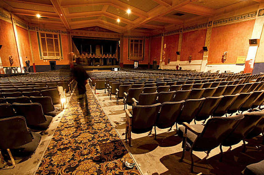 A major renovation is set to get underway, of the long dormant UC Theater into a nightclub on University Avenue, in Berkeley, Calif. The main hall, on Tuesday September 22, 2009, as it looked when the doors were shut in 2001. Photo: Michael Macor, The Chronicle