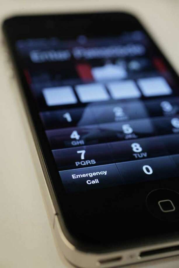 Last month, 10 percent of the 1,496 calls to emergency 911 in La Porte were cellphone calls made by stuffing the devices in pockets, purses or backpacks. Photo: Mayra Beltran / © 2012 Houston Chronicle