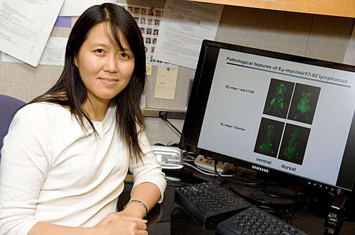 Molecular biologist Lin He of Berkeley has received a MacArthur grant. LIN HE UC BERKELEY CAMPUS, BERKELEY, CA. 9/15/09 Steve Jennings/WireImage