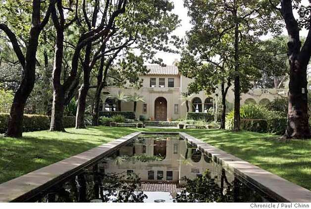 ###Live Caption:The reflecting pool displays a mirror image of the home's main entrance. A tour of Blake House, home of UC President Robert Dynes on 3/2/05 in Kensington, CA. PAUL CHINN/The Chronicle###Caption History:uc00_082_pc.jpg  The reflecting pool displays a mirror image of the home's main entrance. A tour of Blake House, home of UC President Robert Dynes on 3/2/05 in Kensington, CA.  PAUL CHINN/The Chronicle Ran on: 11-14-2005 Ran on: 11-14-2005 Ran on: 11-14-2005###Notes:###Special Instructions:MANDATORY CREDIT FOR PHOTOG AND S.F. CHRONICLE/NO SALES - MAGS OUT Photo: PAUL CHINN
