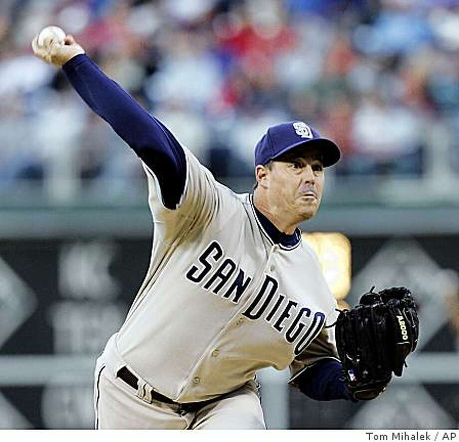 San Diego Padres' Greg Maddux throws in the first inning of a baseball game against the Philadelphia Phillies, Tuesday, April 29, 2008 in Philadelphia. (AP Photo/Tom Mihalek) Photo: Tom Mihalek, AP