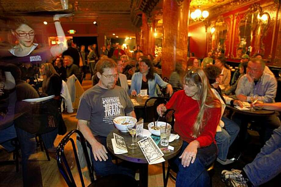 Allen Furness and Jeane Furness from Martinez at The Great American Music Hall having a dinner package before the show  in San Francisco, Calif., on Thursday, April 9, 2009. Photo: Liz Hafalia, The Chronicle