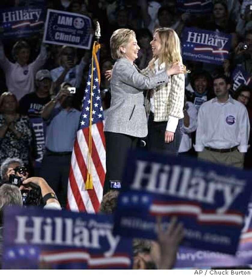 Hillary Rodham Clinton, Chelsea Clinton Photo: Chuck Burton