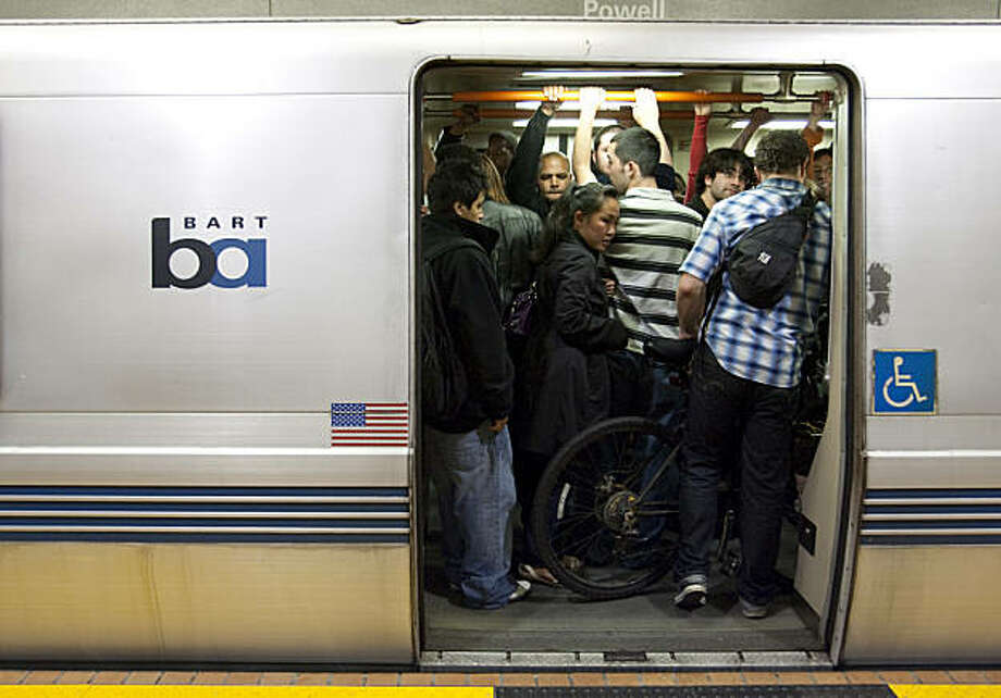 People try to get on BART at the Powell station early Sunday morning September 6, 2009 in San Francisco, Calif. Photograph by David Paul Morris / Special to the Chronicle Photo: David Paul Morris, The Chronicle