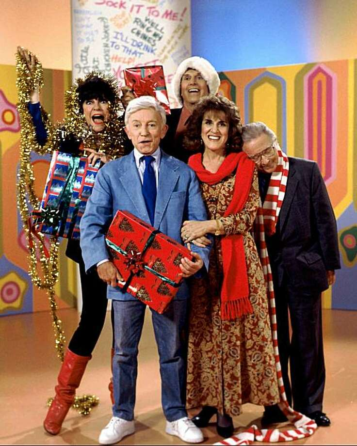 """Henry Gibson is at center, pictured with (left to right) Jo Anne Worley, Alan Sues, Ruth Buzzi and Arte Johnson in photo from 1993 NBC special """"'Rowan & Martin's Laugh-in' Past and Christmas Present."""" -- NBC PHOTO BY: Gary Null Photo: Gary Null, NBC"""