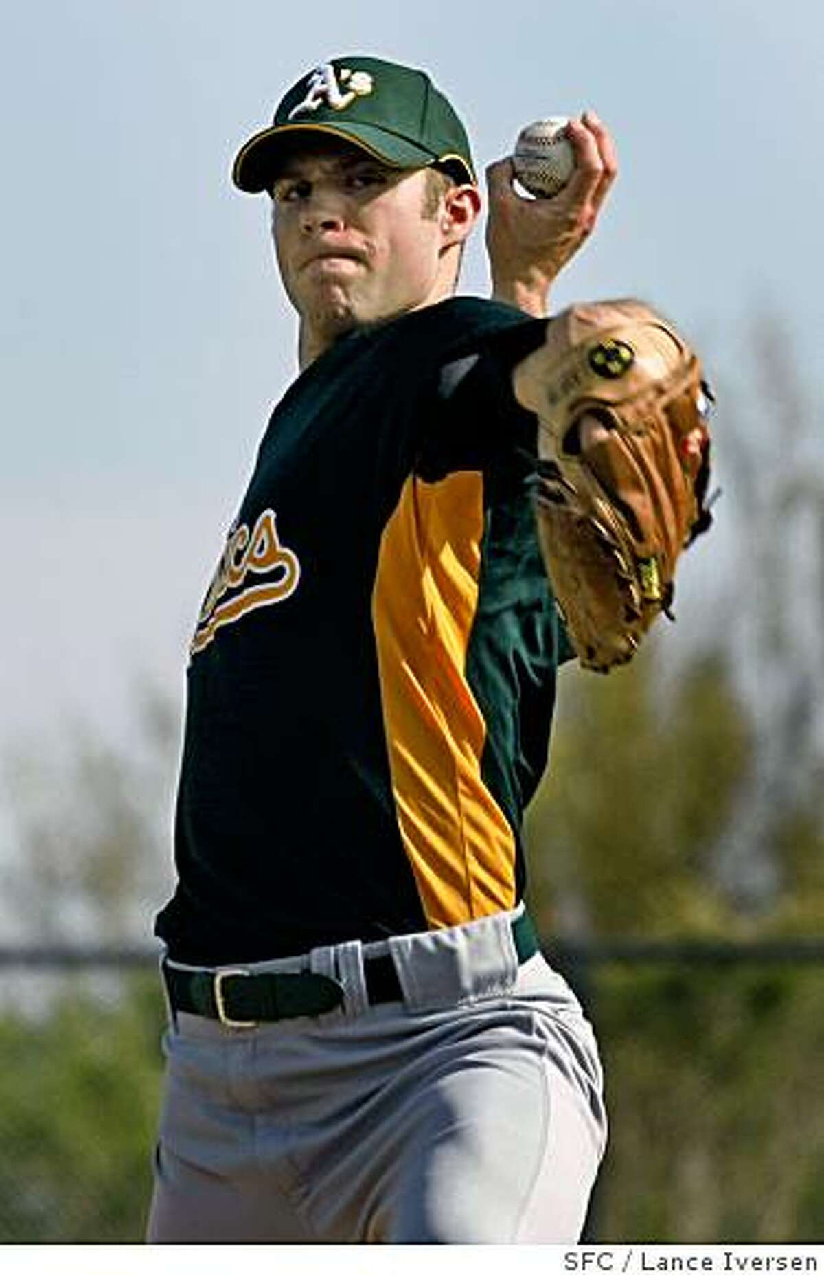 Oakland Athletics pitcher Rich Harden took to the mound at Papago Park, home of the Oakland Athletics for spring training in Phoenix. By Lance Iversen/The San Francisco Chronicle