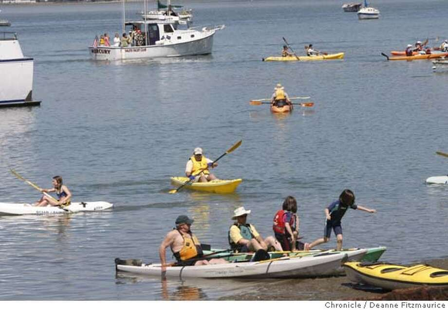 ###Live Caption:Schoonmaker Point Marina Beach was crowded with kayakers and beach goers on April 13, 2008 in San Rafael, Calif.  Deanne Fitzmaurice / The Chronicle###Caption History:Schoonmaker Point Marina Beach was crowded with kayakers and beach goers on April 13, 2008 in San Rafael, Calif.  Deanne Fitzmaurice / The Chronicle###Notes:###Special Instructions:MANDATORY CREDIT FOR PHOTOG AND SAN FRANCISCO CHRONICLE/NO SALES-MAGS OUT Photo: Deanne Fitzmaurice
