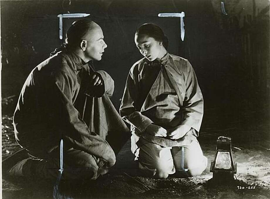 """Paul Muni and Luise Rainer in """"The Good Earth"""" 1937. Photo: Chronicle Archive"""