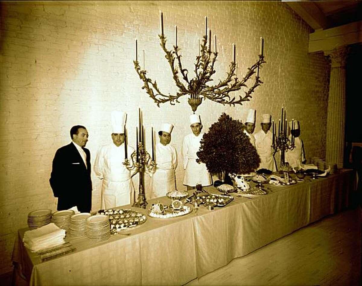 Taverna13_2.jpg Opening scenes from Villa Taverna restaurant. March 31, 1960. Photographer: Chronicle Staff.