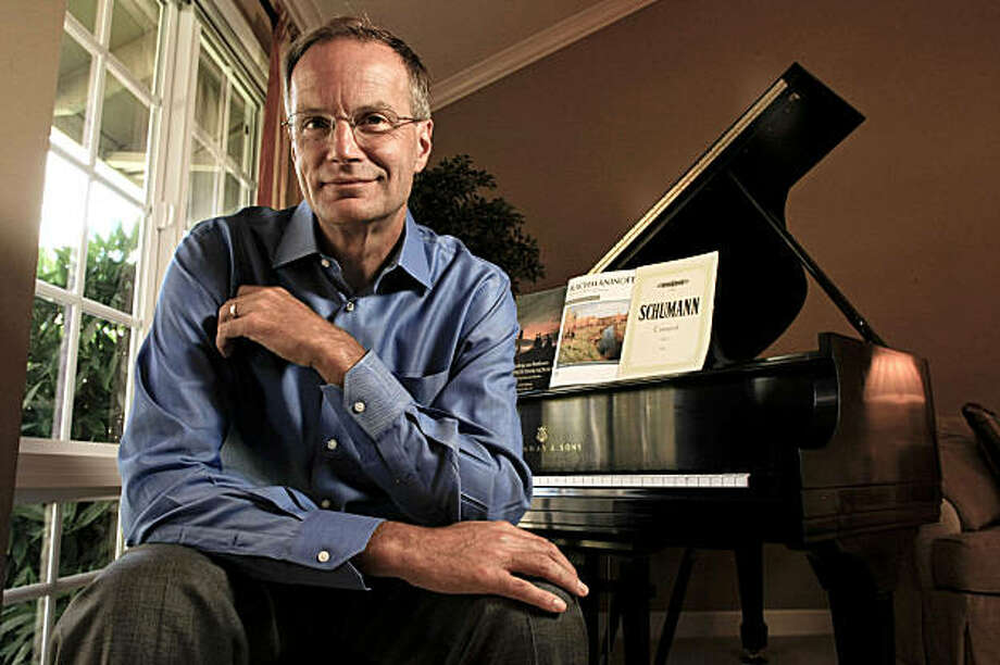 Brent Assink, the executive director of the San Francisco Symphony at his home in Walnut Creek, Calif., on Tuesday August 25, 2009. Photo: Michael Macor, The Chronicle