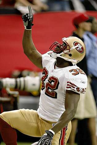 San Francisco 49ers Michael Lewis (32) celebrates his interception in the 3rd quarter.   NFL Football The San Francisco 49ers vs. The Atlanta Falcons.     Michael Macor / The Chronicle     Photo taken on 11/4/07, in Atlanta, GA, USA Photo: Michael Macor, The Chronicle