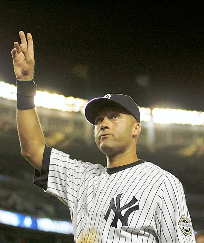 NEW YORK - SEPTEMBER 09:  Derek Jeter #2 of the New York Yankees waves to the crowd at the end of the game against the Tampa Bay Rays on September 9, 2009 at Yankee Stadium in the Bronx borough of New York City.  Jeter got his 2,721st base hit, tying Lou Gehrig's all-time club record. (Photo by Jared Wickerham/Getty Images) Photo: Jared Wickerham, Getty Images
