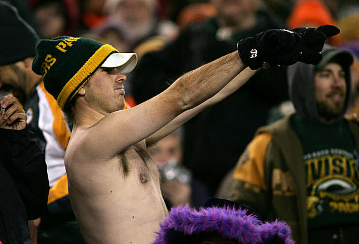 GREEN BAY, WI - NOVEMBER 21: A Green Bay Packers fan goes shirtless in the cold weather during NFL action against the Minnesota Vikings November 21, 2005 at Lambeau Field in Green Bay, Wisconsin. (Photo by Jonathan Daniel/Getty Images)