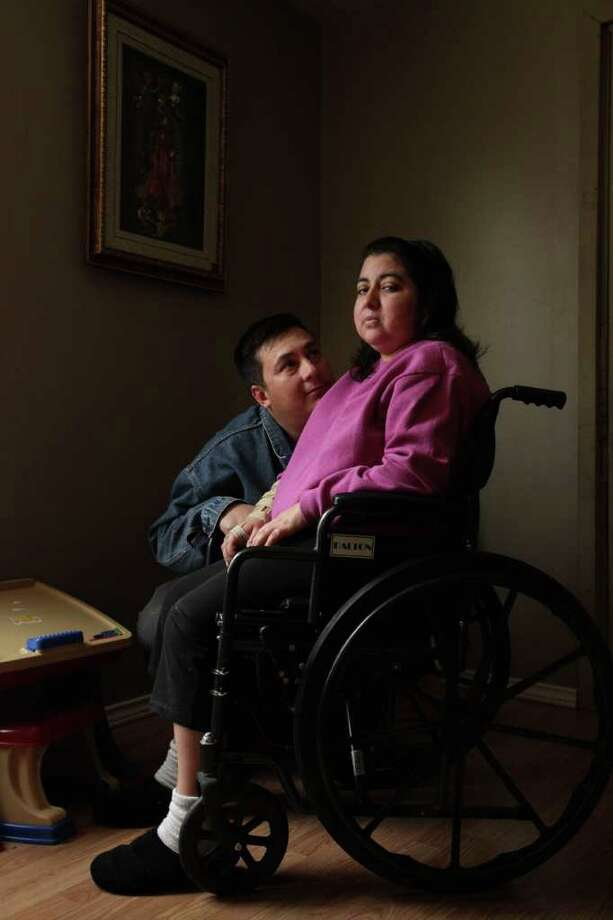 Maria Sanchez, shown with her husband,  Luis Aguillon, was ejected from UTMB and advised to return to Mexico for treatment of a life-threatening spinal tumor. Photo: Mayra Beltran / © 2012 Houston Chronicle