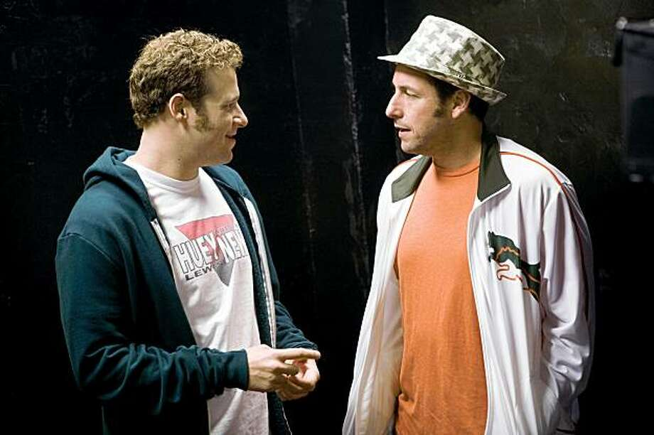 "(L to R) Ira (SETH ROGEN) and George (ADAM SANDLER) in writer/director Judd Apatow's third film behind the camera, ""Funny People"", the story of a famous comedian who has a near-death experience. Photo: Tracy Bennett, Universal Pictures"