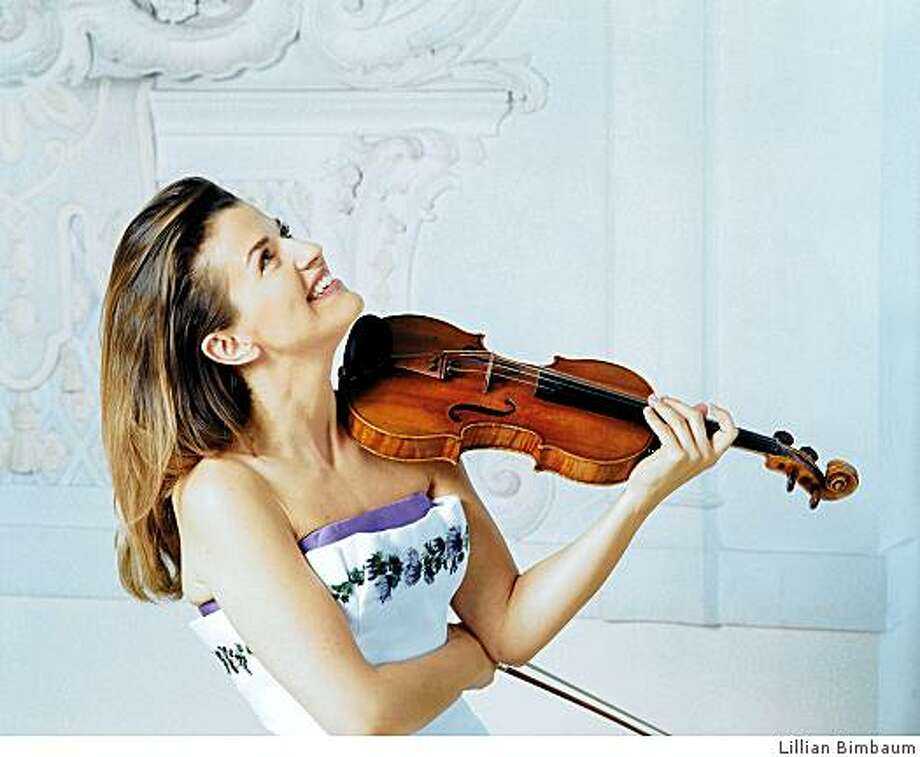 Violinist Anne-Sophie Mutter Photo: Lillian Bimbaum