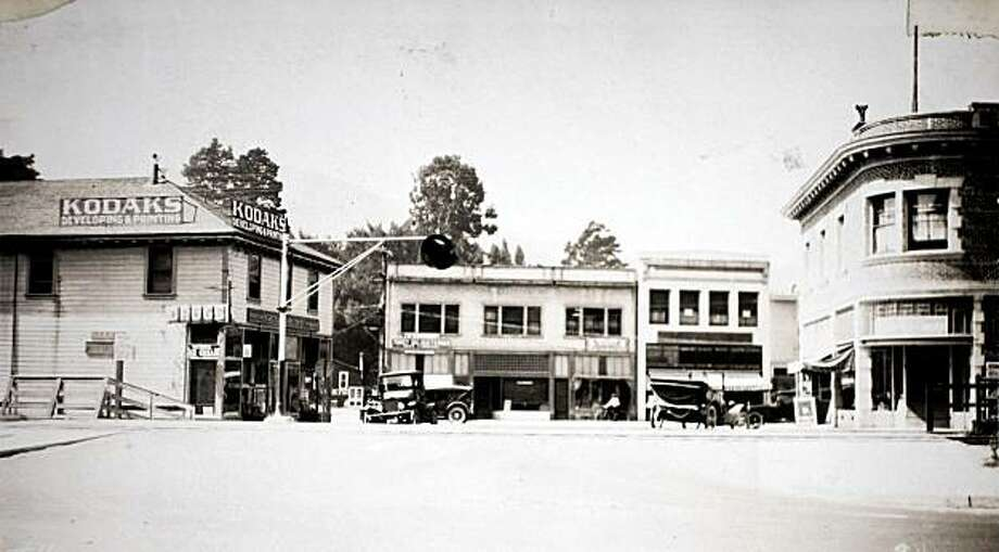 The intersection of San Anselmo Ave. and Tunstead in San Anselmo, Calif. circa 1920. Photo: Courtesy Of Marin History Museum