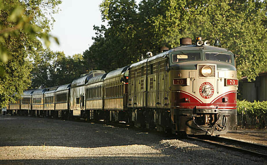 The Napa Valley Wine Train rolls through vineyards. Photo: Craig Lee, The Chronicle