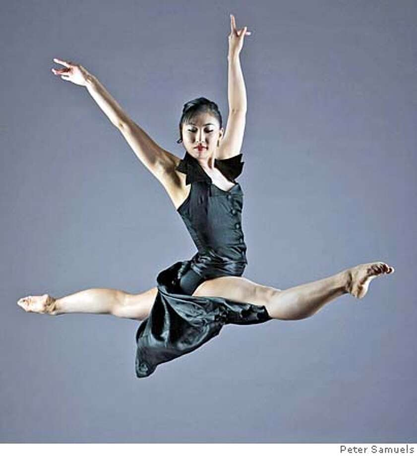 """###Live Caption:Mayo Sugano in """"Jazz Fever,"""" Diablo Ballet###Caption History:Mayo Sugano in """"Jazz Fever,"""" Diablo Ballet###Notes:###Special Instructions: Photo: Peter Samuels"""