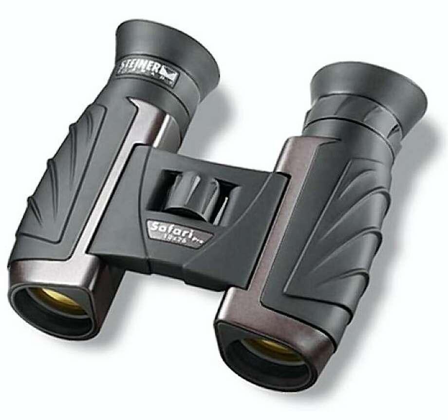 Safari Pro 10x26 binoculars from Steiner Binoculars. Photo: Steiner Binoculars