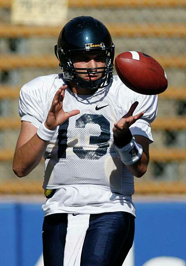 Cal quarterback Kevin Riley takes a throw during spring practice at Memorial Stadium on the UCB campus in Berkeley, Calif., on March 31, 2009. Photo: Michael Maloney, The Chronicle