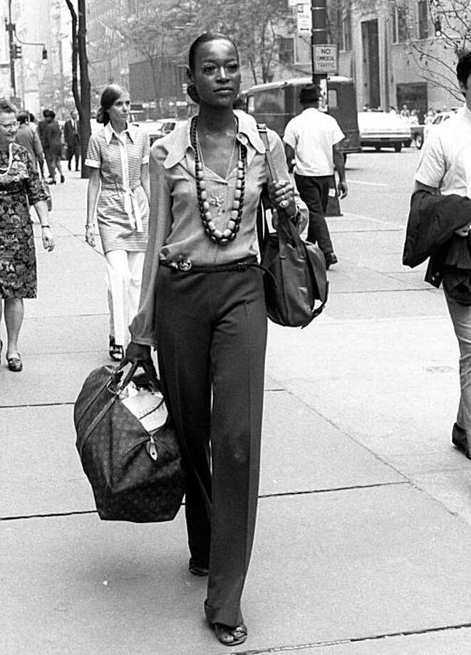This June 23, 1969 file photo shows model Naomi Sims in New York. Sims, the fashion model who in 1968 became the first black model to appear on the cover of Ladies' Home Journal, has died. She was 61. Photo: AP