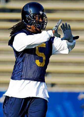 Cal Defensive Back Syd'Quan Thompson runs drills during workouts at the Bears fall practice at Berkeley's Memorial Stadium Aug 7, 2009. Photo: Lance Iversen, The Chronicle